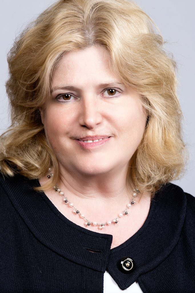 Headshot photo of Carole Rubin, a partner at GDLWR family law firm