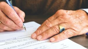 Advice on Divorce Before or After Retirement in Northern Virginia
